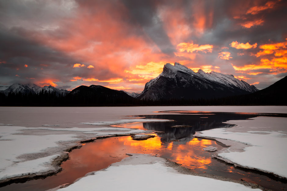 Vermillion lake at sunrise. Best Photography spots in Banff National Park