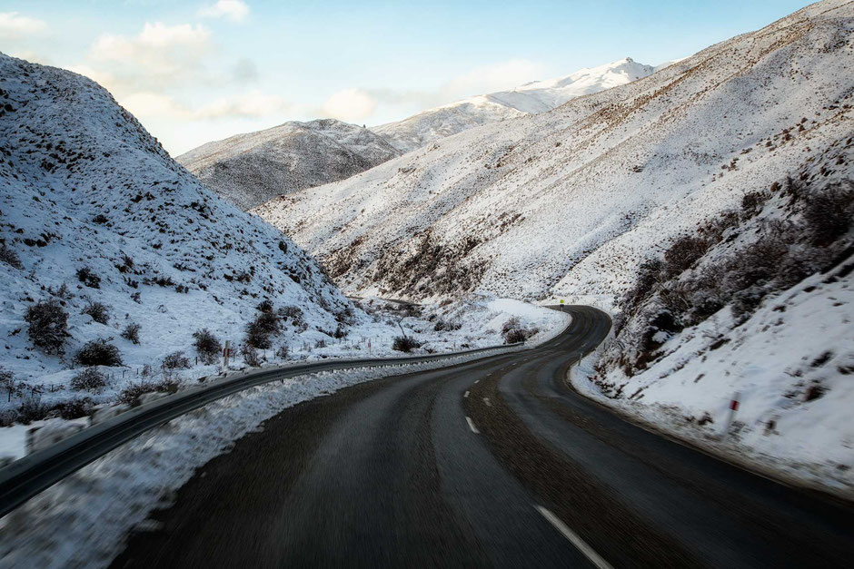Crown range road in the Winter. Scenic roads in New Zealand