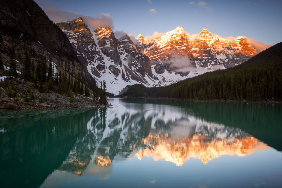 Moraine Lake at sunset. Canada Road Trip itinerary