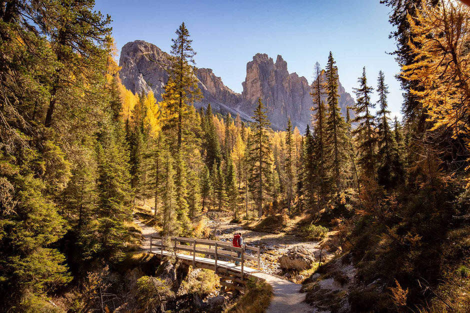 Croda Da Lago Circuit - A Day Hike In The Italian Dolomites