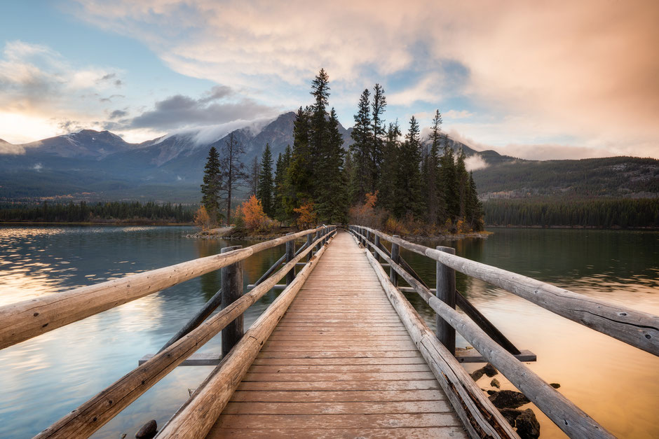 Pyramid Island Boardwalk - The Best Driving Itinerary around the Canadian Rockies from Vancouver to Calgary