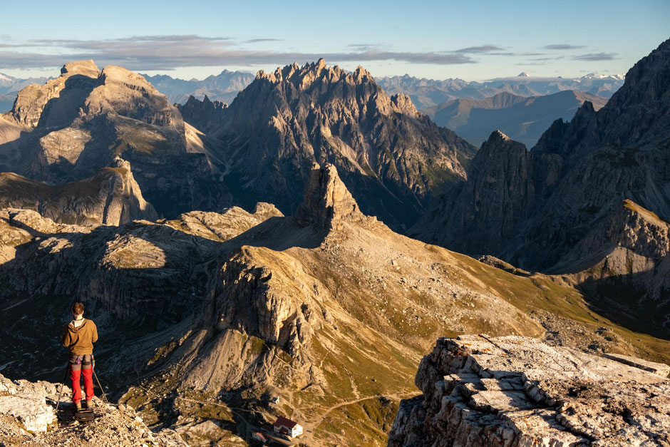 The view of Torre do Toblin and rifugio Locatelli from the summit of Monte Paterno