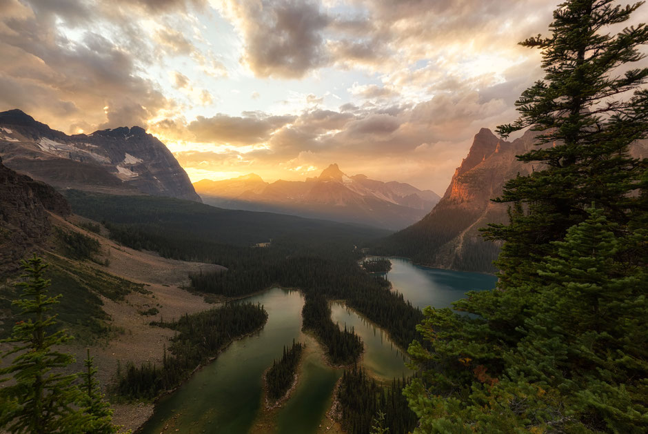 Sunset at The Opabin Prospect - A guide to planning a backpacking trip to Lake O'Hara