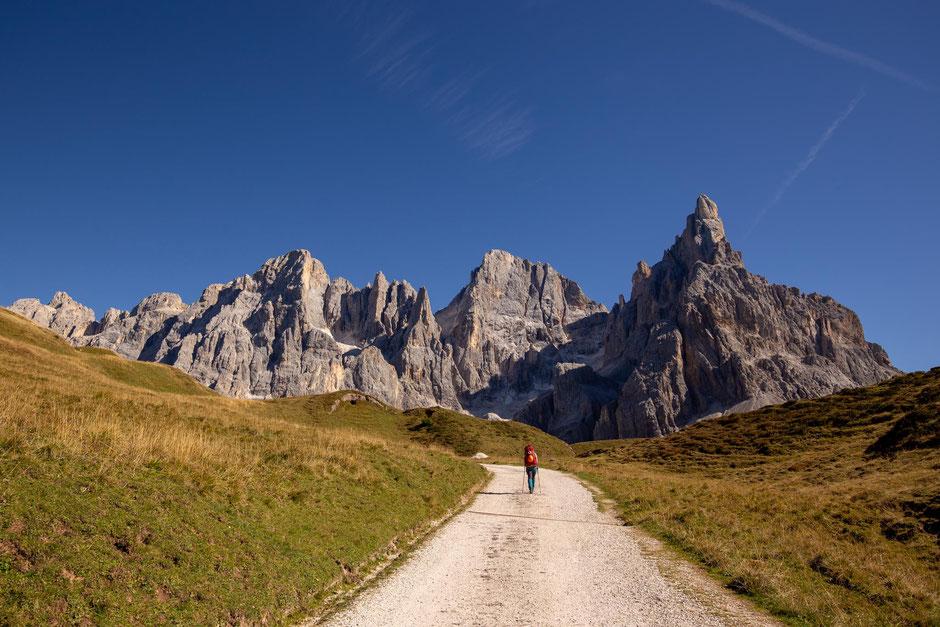 First leg of the hike to Passo del Mulaz leading to Baita G Segantini