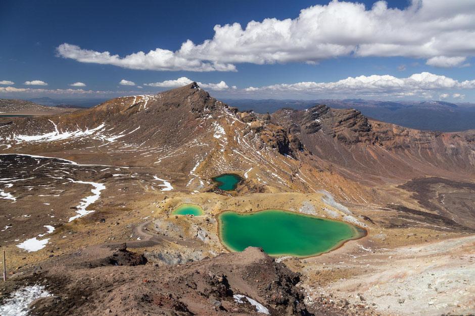 Emerald lakes Tongariro Crossing.