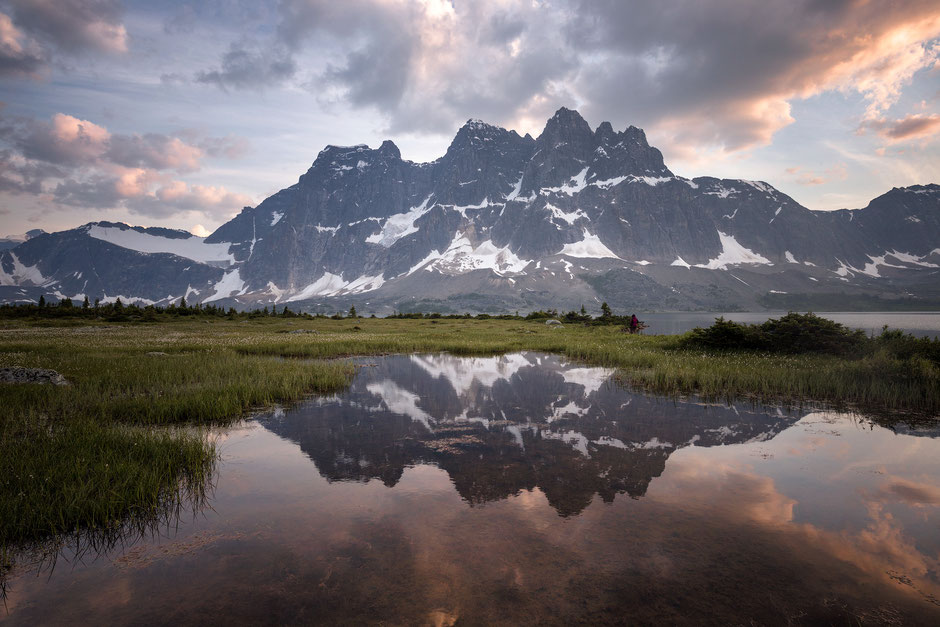 Best hikes in Jasper NP. Tonquin Valley