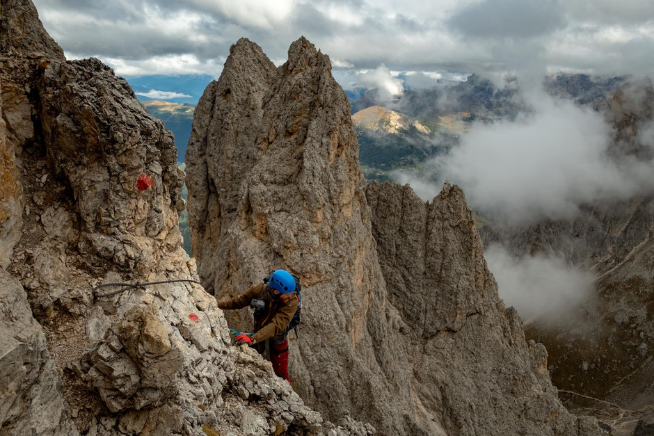 Via ferrata Oskar Schuster - a fantastic intermediate iron path in the Italian Dolomites