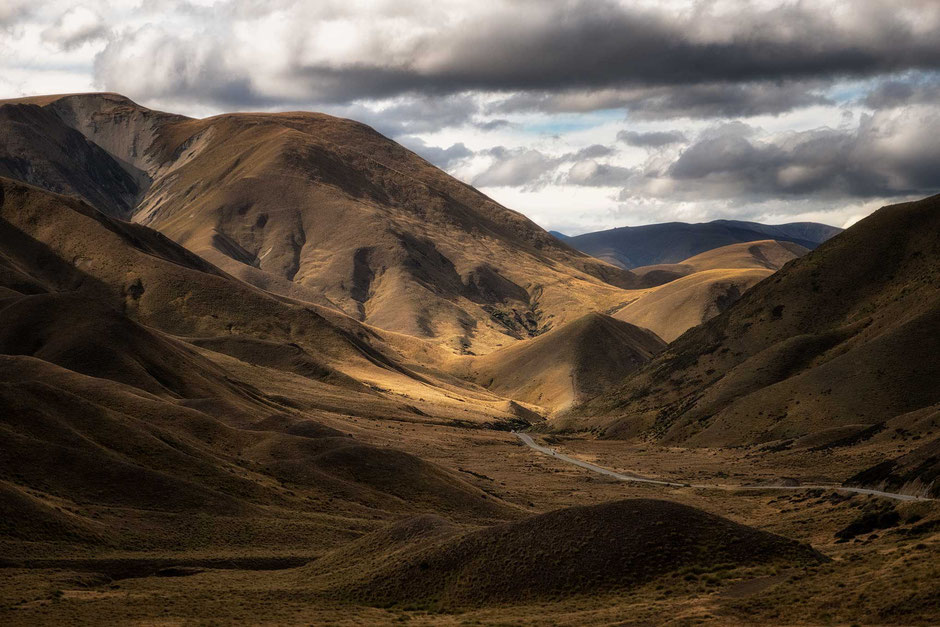 Lindis Pass. Most Scenic drives in New Zealand