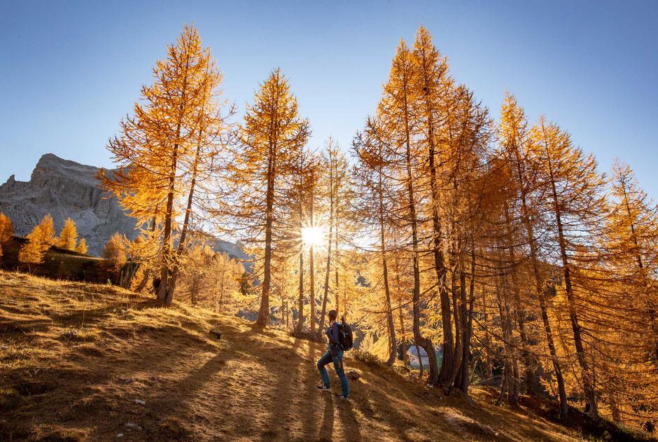 Hiking to Cinque Torri