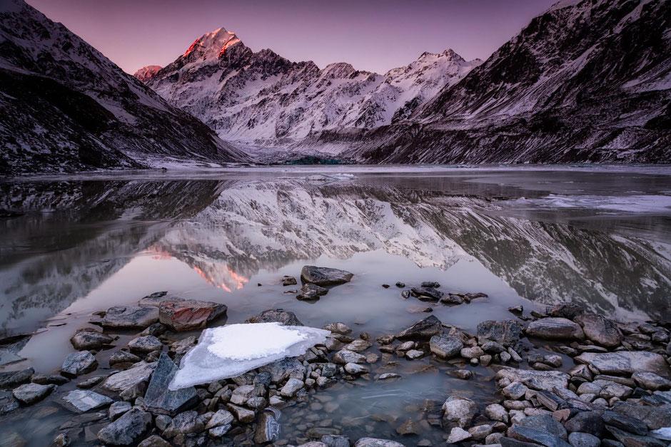 Hooker glacier lake and Mount Cook, New Zealand