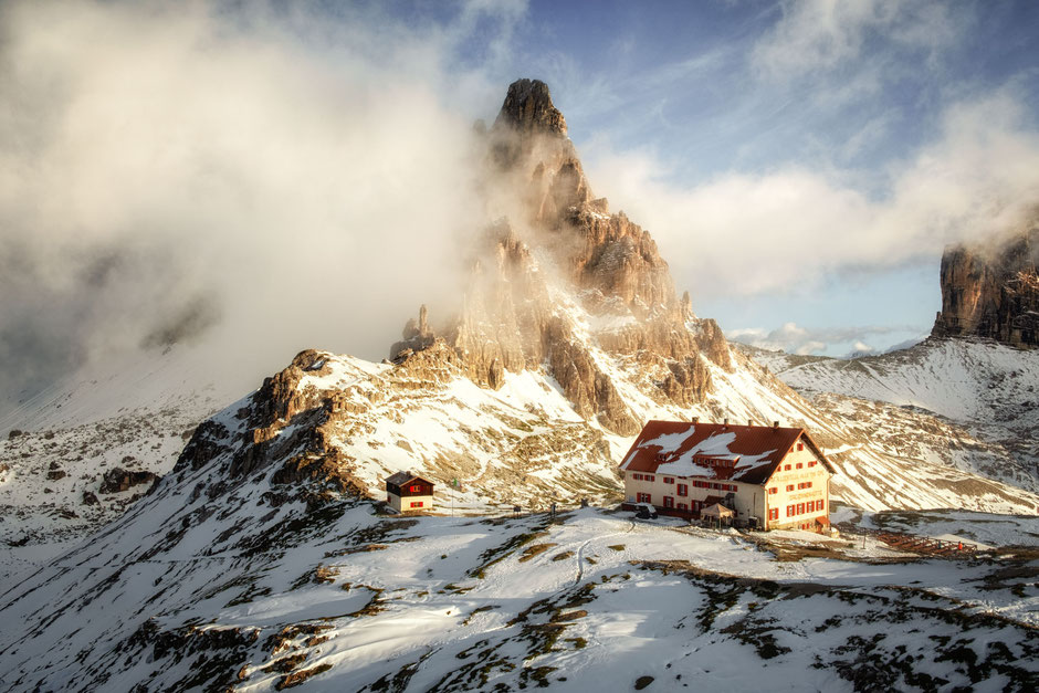 Rifugio Tre Cime - Locatelli and the summit of Paternkofel