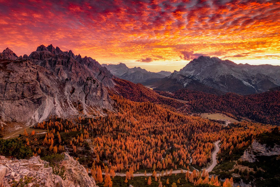 Guide to the best autumn photography spots in the Italian Dolomites