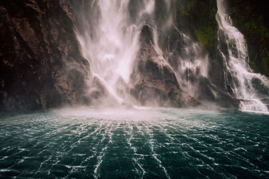 Stirling Falls, Milford Sound, New Zealand. Everything you need to know about visiting Milford Sound