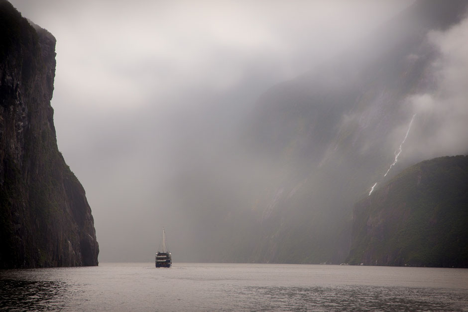 Milford Sound, New Zealand. Tips for visiting Milford Sound