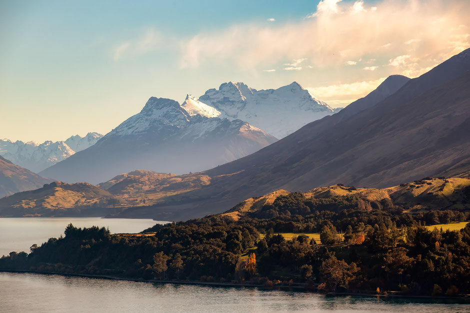 Mount Earnslaw as seen from the Bennet's Bluff Point in New Zealand