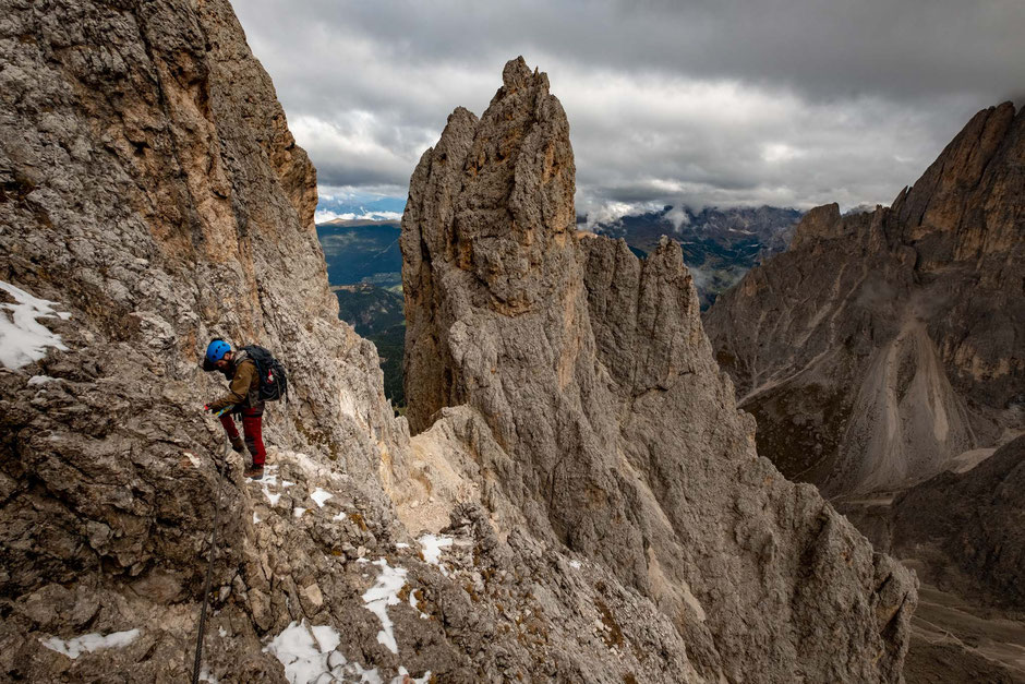 Climber along the via ferrata Oskar Schuster in the Italian Dolomites