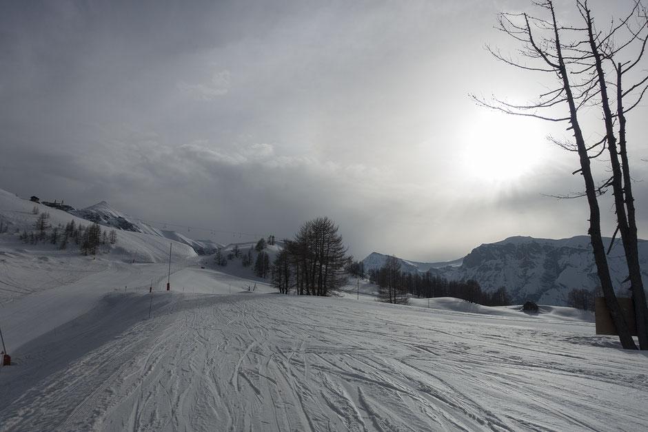 skier-dans-les-alpes-du-sud