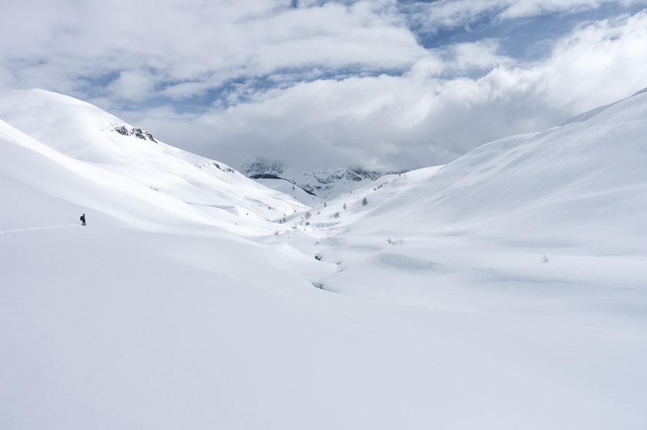 Vallée du Gâ en partant du village du Chazelet