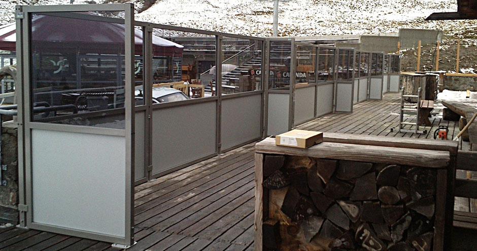 Windschutzanlage im Winter für Gastronomie