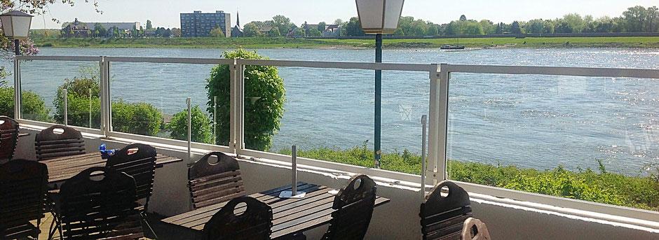 Windschutz am Wasser Terrasse