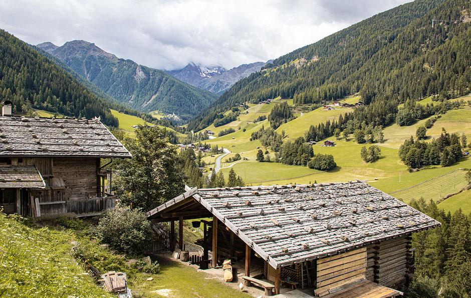 Ultental, Ultener Höfeweg, Wandern in Südtirol, Bergurlaub mit Hund, Urlaub mit Hund in Südtirol