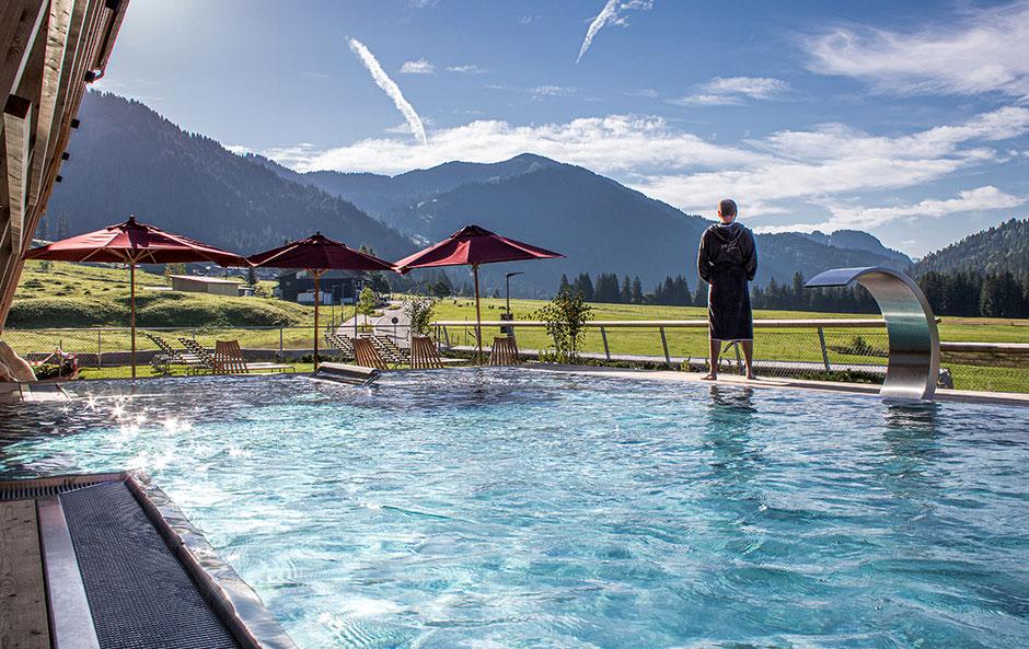 Bergurlaub mit Hund, Urlaub mit Hund im Allgäu, Urlaub mit Hund, Hubertus Mountain Refugium, Wellnesshotel, Luxushotel, Allgäuer  Tophotel
