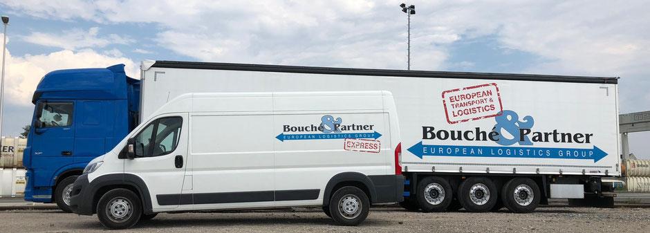 Bild Zustellung in unter 18 h: Unsere Kurierfahrzeuge der Bouché & Partner GmbH (vom LBA zugelassener Transporteur | Zulassungs-Nr.: DE/H/00070-01) holen ihre Sendungen bei Ihnen ab und fahren diese zum nächstgelegenen Flughafen.