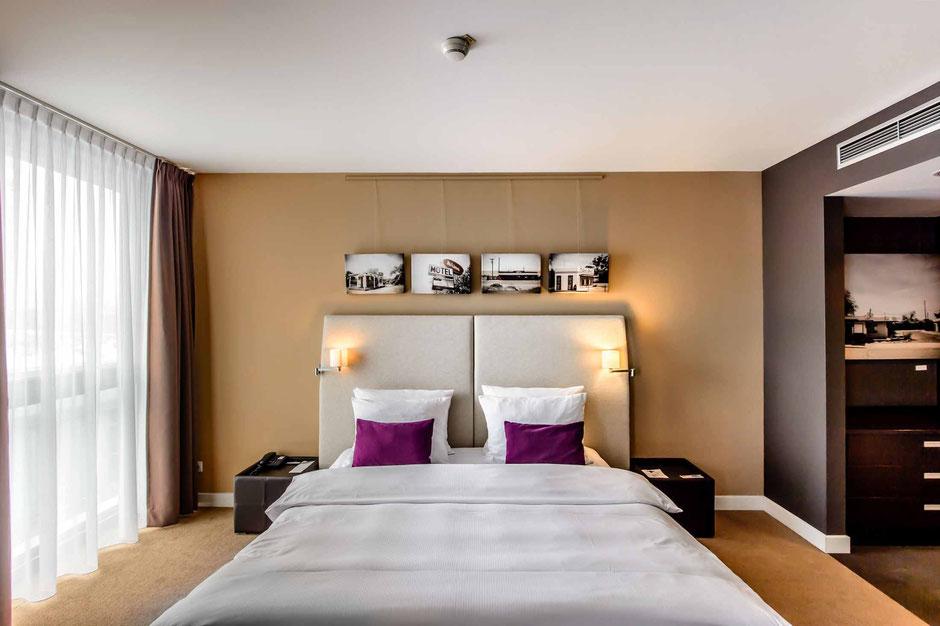 hotel suite von kommando kunst