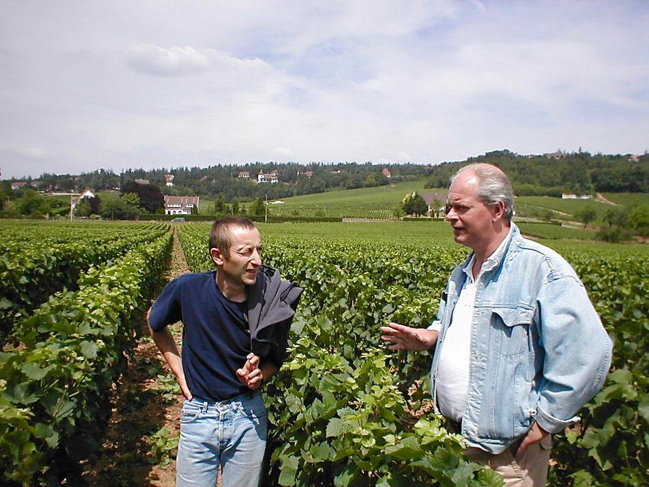 Wijnboer Laurent Parize in de wijngaard met Arend Jan de Wijnman