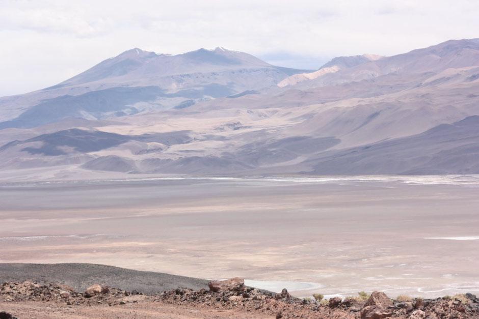 Volcán Antofalla y el salar
