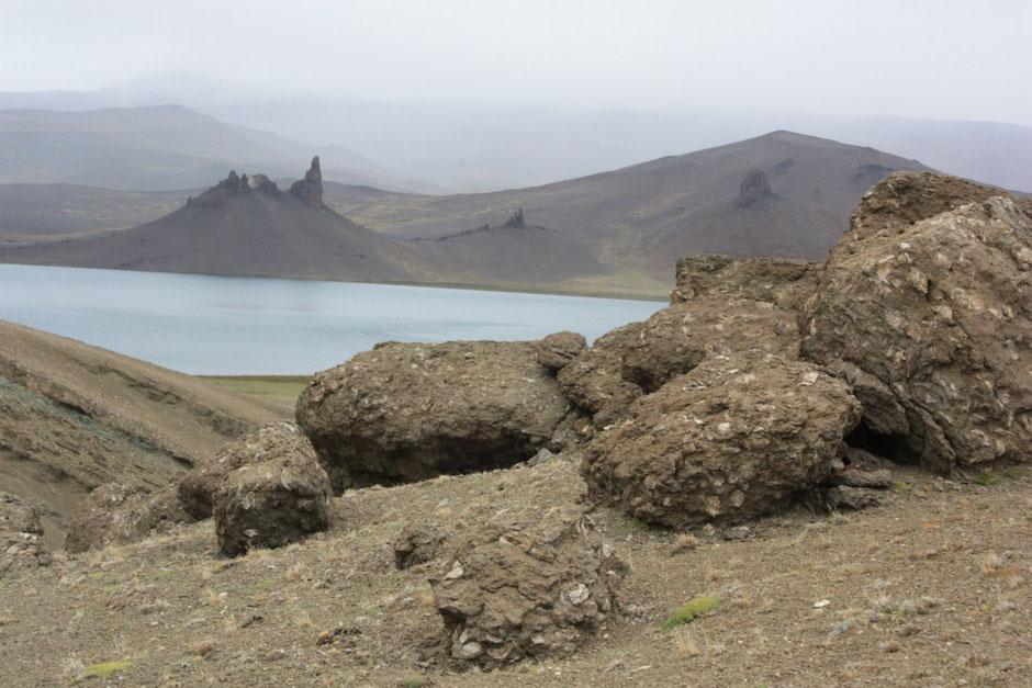 En el lugar abundan cantidades de fósiles marinos,ya que hace millones de años esto era parte del fondo del mar.