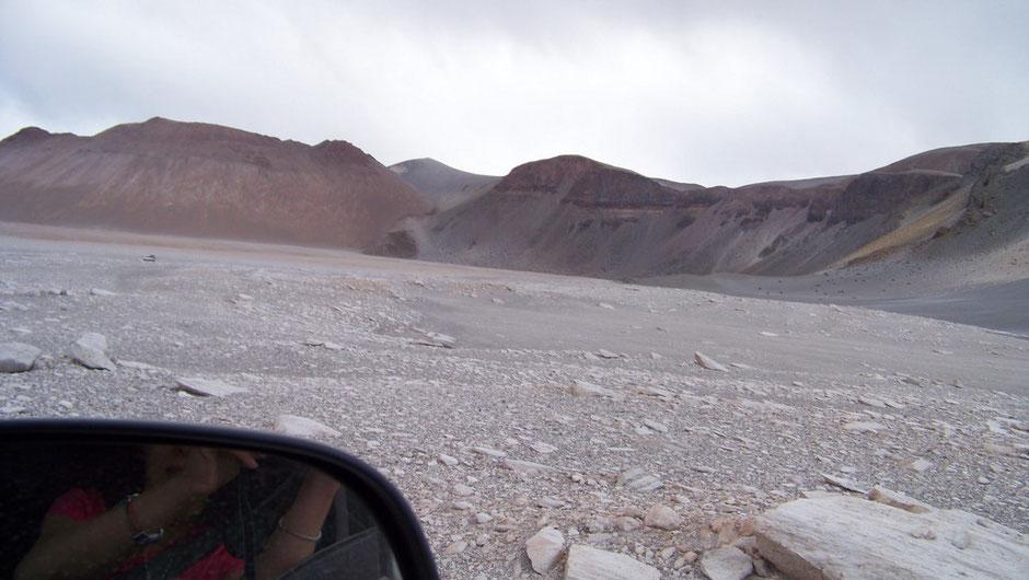 Dentro de La Caldera del Cerro Blanco
