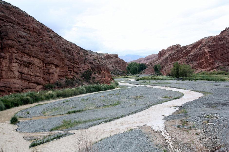 Hermosa toma del Rio Calchaqui.
