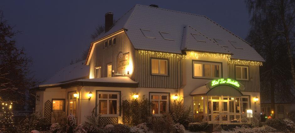 Kommen Sie in die Weihnachtsfeier Location mit Wintergarten. Nutzen Sie die kurzen Anfahrtswege von Celle, Hannover, Braunschweig, Bremen und Hamburg
