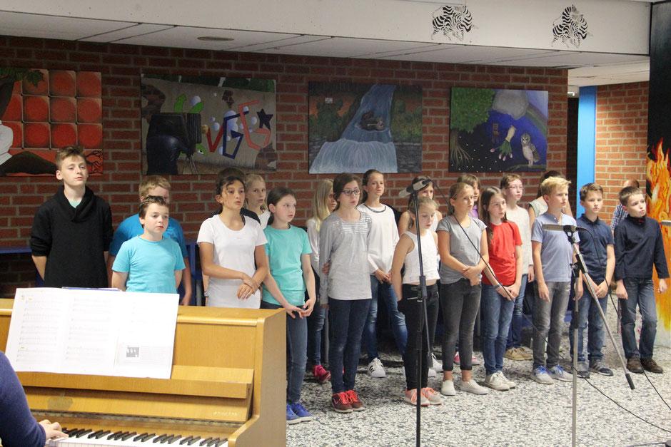 Gesangsklasse begrüßt 5er