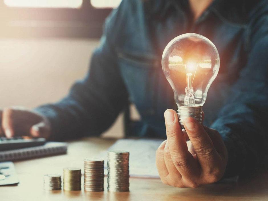 Consejos para ahorrar dinero en tu recibo de luz