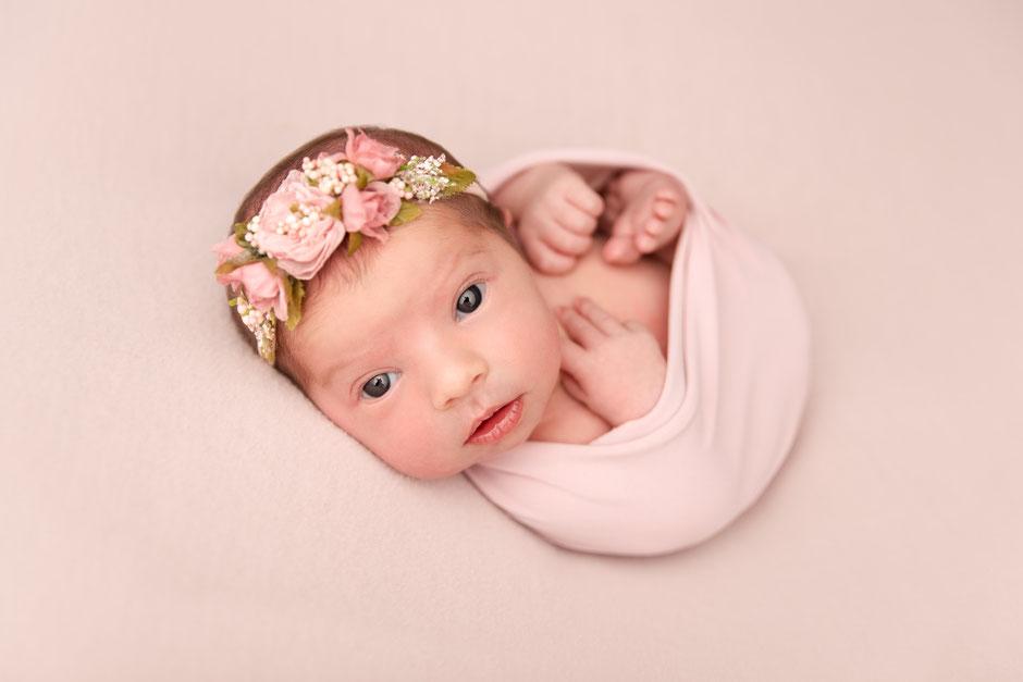 Photographe bébé St Tropez, Gassin, Cogolin