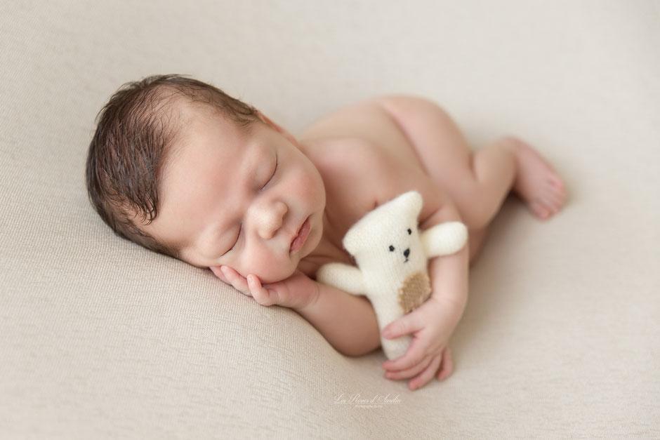 Photographe bébé nouveau-né Fréjus, Golfe de St-Tropez, Draguignan, Cannes