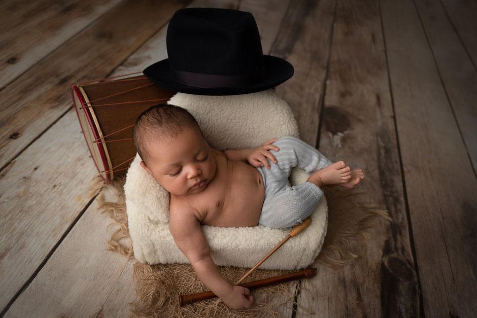photographe bébé thème provençal à Sainte-Maxime dans le Golfe de St Tropez