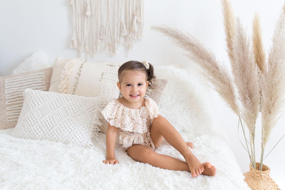 photographe enfants bébé à Sainte-Maxime, Fréjus, Cogolin, Toulon photos bohème