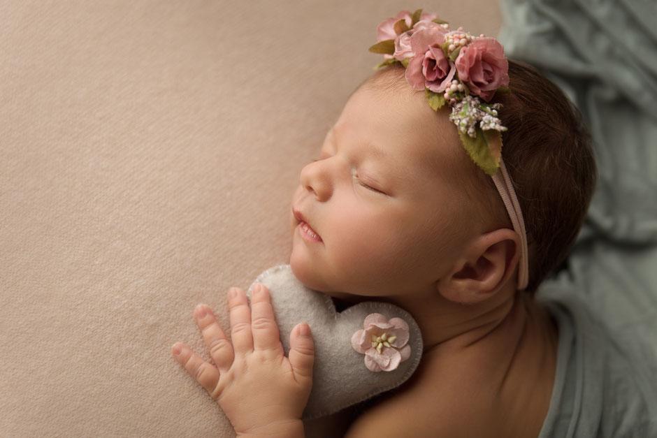 photographe bébé maternité Var, Fréjus, Monaco, Toulon, Sainte-Maxime, Golfe de ST-Tropez, Draguignan