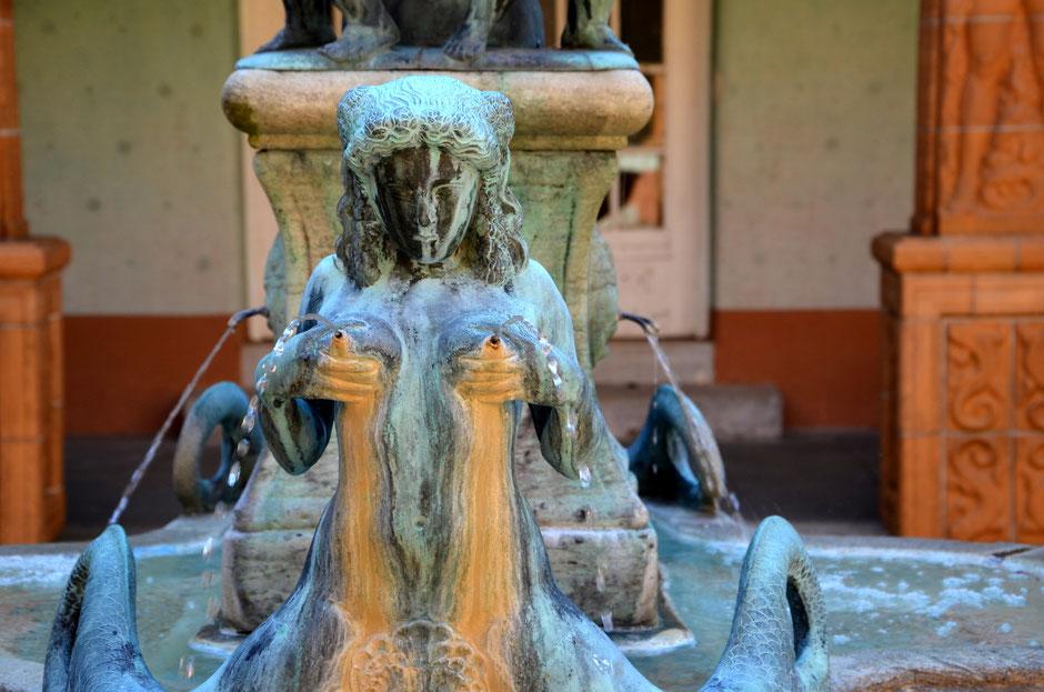 Brunnendetail im Schmuckhof des Badehauses 7, Ort der Ernst-Ludwig-Buchmesse, Foto: Petra Ihm-Fahle