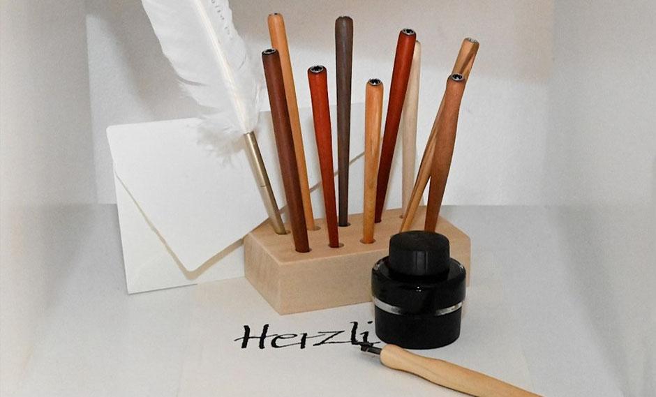 Federhalter für die Kalligraphie von HolzArt Hausmanns, Foto: Annette Hausmanns