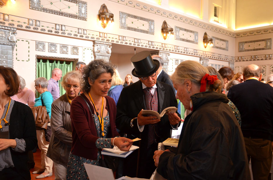 Die Ernst-Ludwig-Buchmesse fand  im Vorjahr im Sprudelhof statt, im Badehaus 7. In diesem Jahr findet sie in der Trinkkuranlage statt, mit mehr Platz und mehr Ausstellern - Foto von 2017: Petra Ihm-Fahle