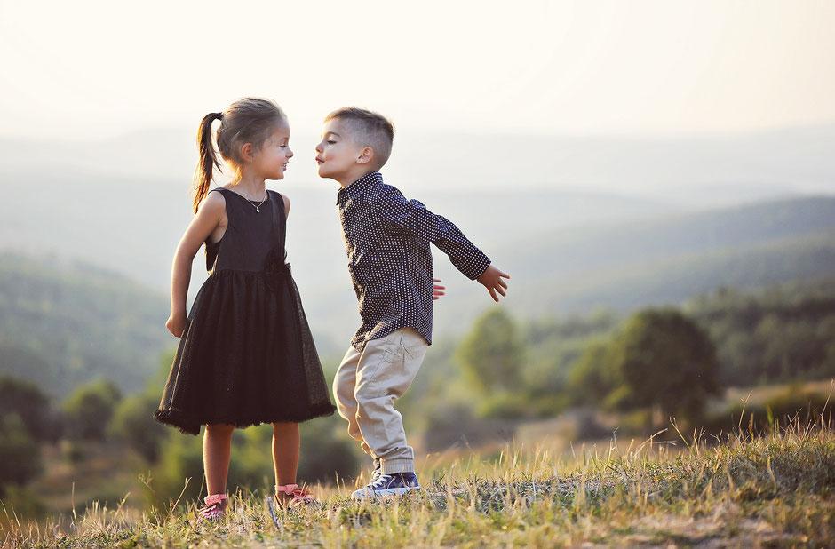 Wie oft küssen sich frischgebackene Ehepaare? - HeimatHochzeit - Hochzeitsplaner München