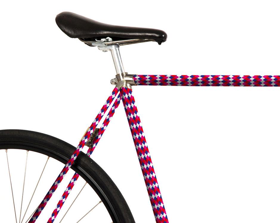 Fahrrad Folierung, Harkekin,  Le Chocolat des Francais, pink, royalblau