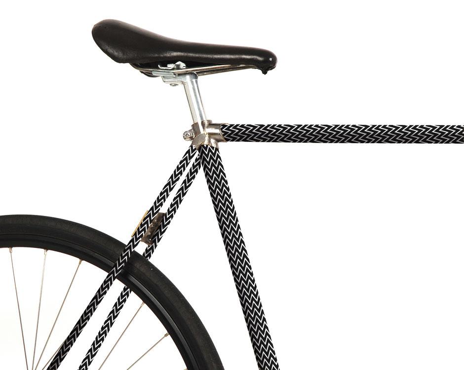 Fahrrad, Bike, Panel, Banderole, reflectiv, reflektierend, Zickzack, schwarz, weiss, Black, white
