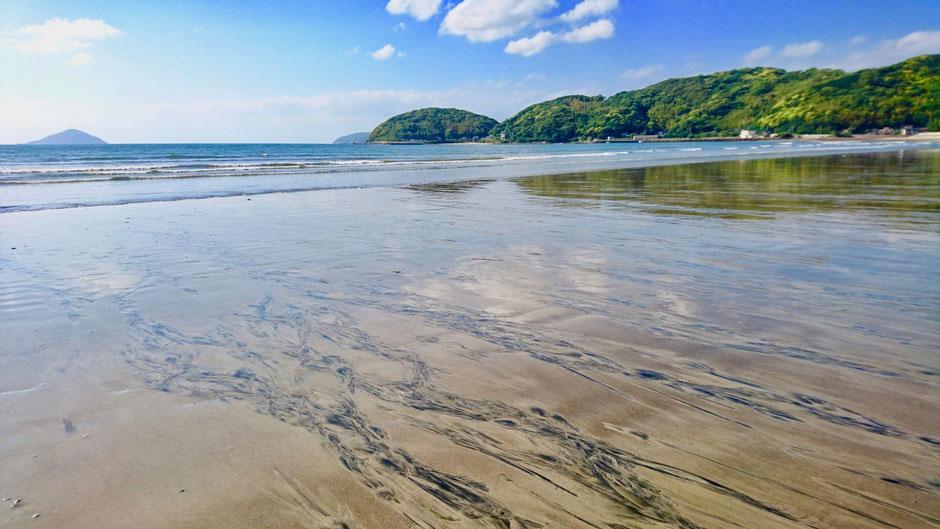 九州/福岡/糸島のおすすめの海は深江海岸/深江海水浴場。 Fukae Beach is beautiful sea and coast in Itoshima, Fukuoka, Kyushu.