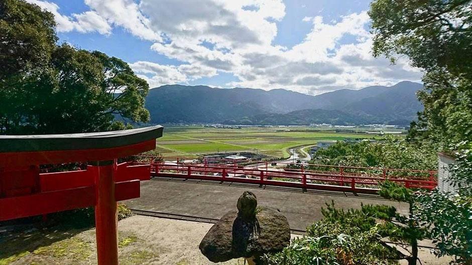 松末五郎稲荷神社