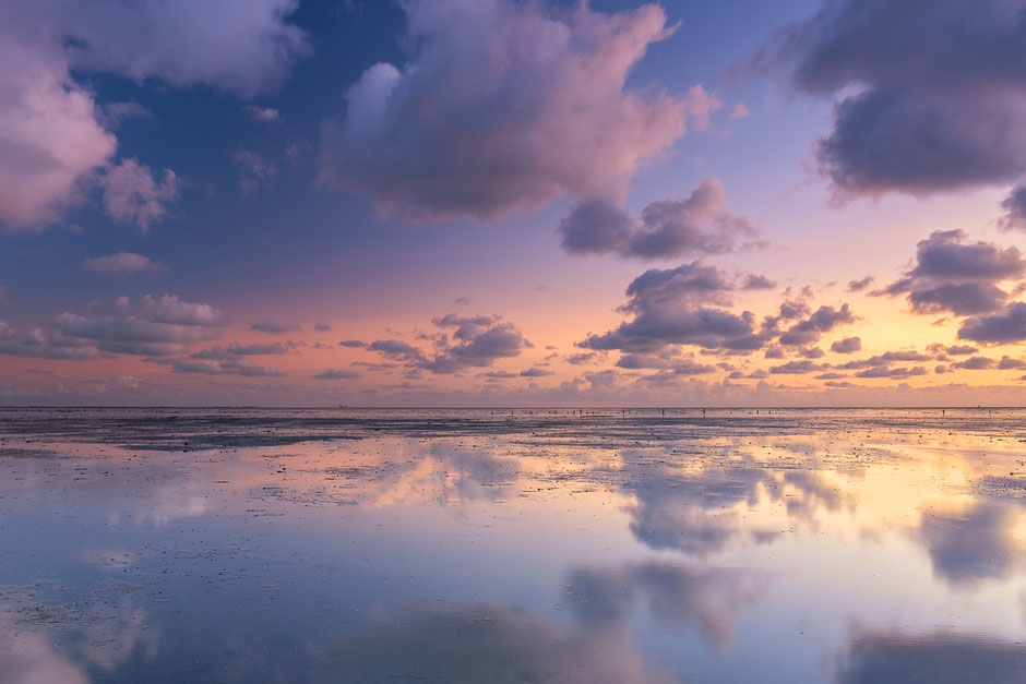 Zonsopkomst over de waddenzee bij Wierum
